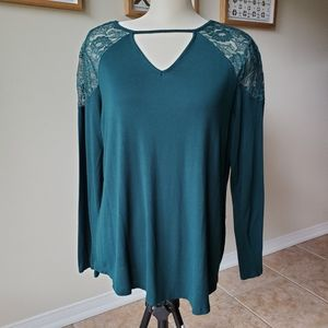 Maurices/  Green Long Sleeves Top/ Size 1X